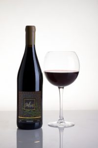 одрис вино бутилка